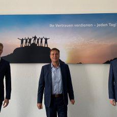 Michael König (Bundestagskandidat FDP), Albrecht Wollensak (Vorstandsvorsitzenden Alphartis SE), Dr. Timm Kern MdL